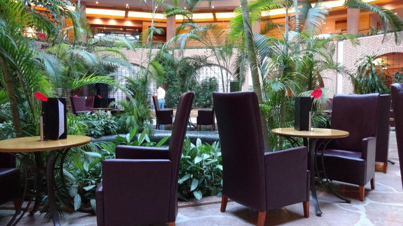 bild essen am abend zu gloria verde resort in belek. Black Bedroom Furniture Sets. Home Design Ideas