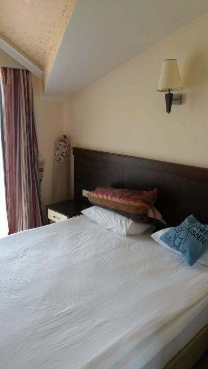 Schlafzimmer Kuschelig Und Bequem Hotel Hane Sun Colakli