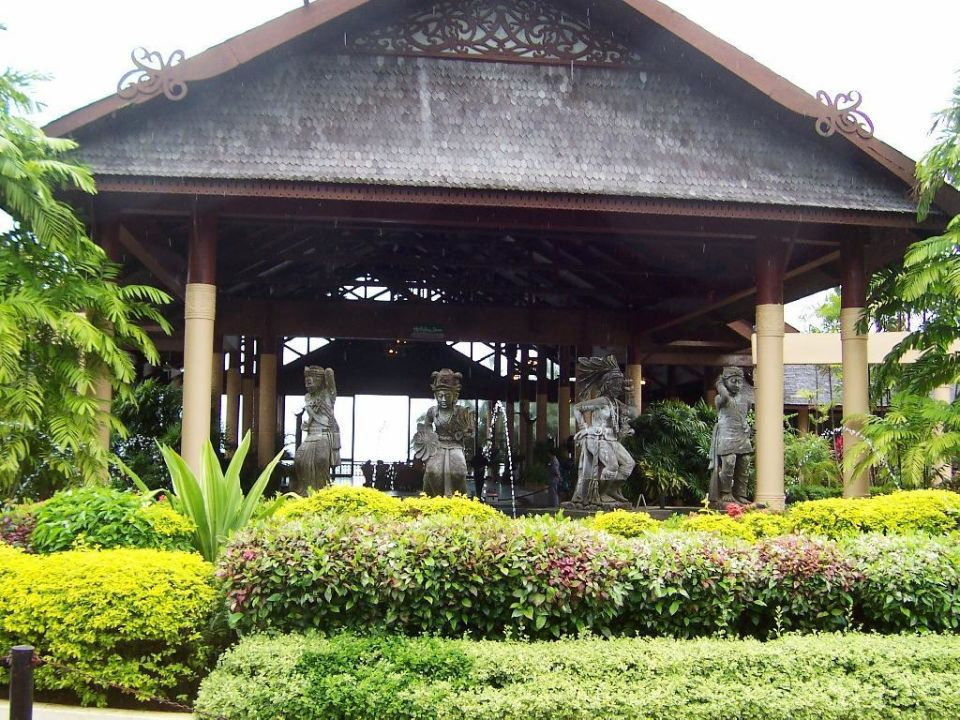 Haupteingang Hotel Damai Puri Resort & Spa