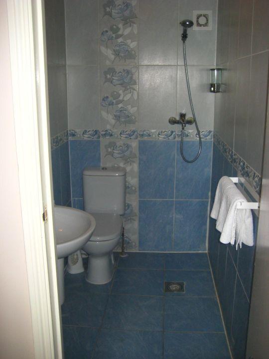 bad und offene dusche st mark hotel london holidaycheck gro raum london gro britannien. Black Bedroom Furniture Sets. Home Design Ideas