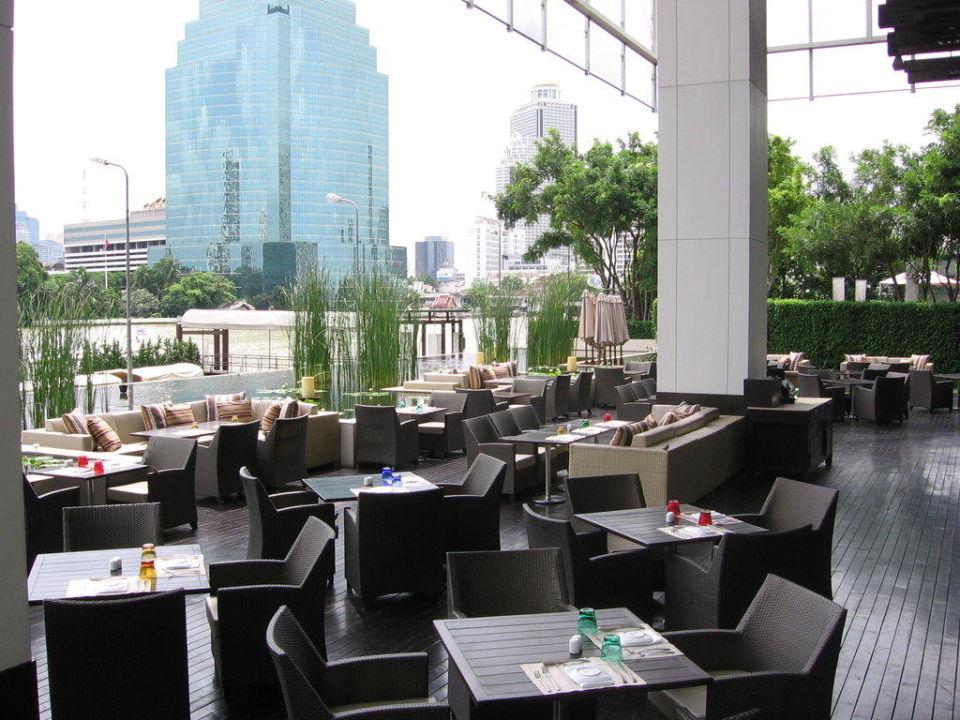 Terrasse des Flows Millennium Hilton Bangkok
