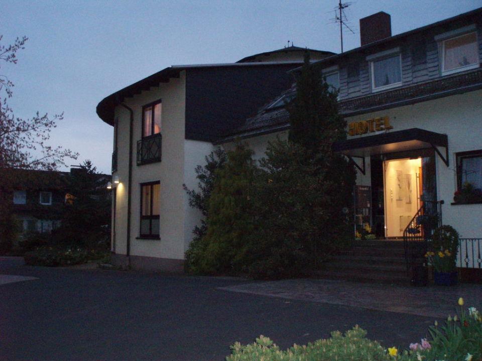 Der Haupteingang Hotel Sonnenhof