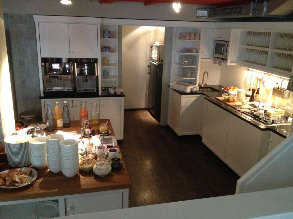 fr hst ck henri hotel hamburg downtown hamburg. Black Bedroom Furniture Sets. Home Design Ideas