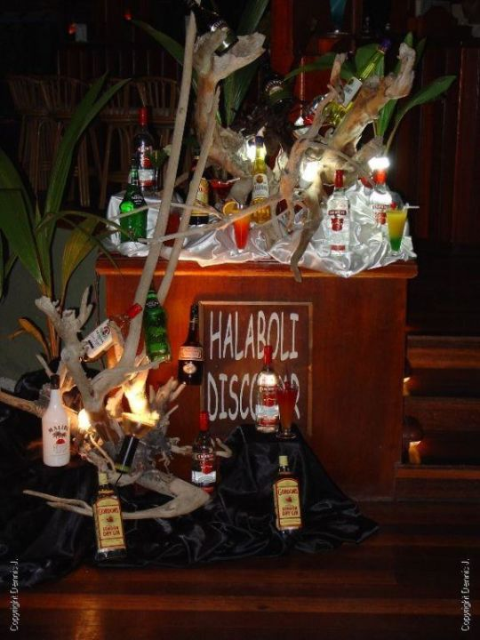 Cocktail Night Adaaran Select Meedhupparu Island Resort