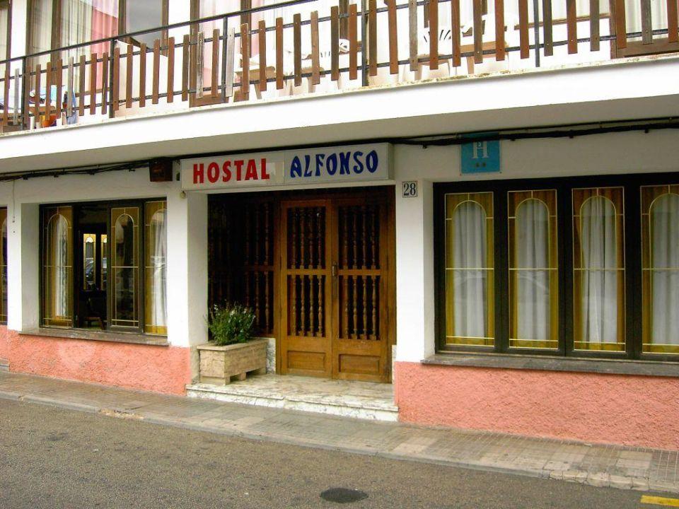 Hoteleingang Hostal Alfonso