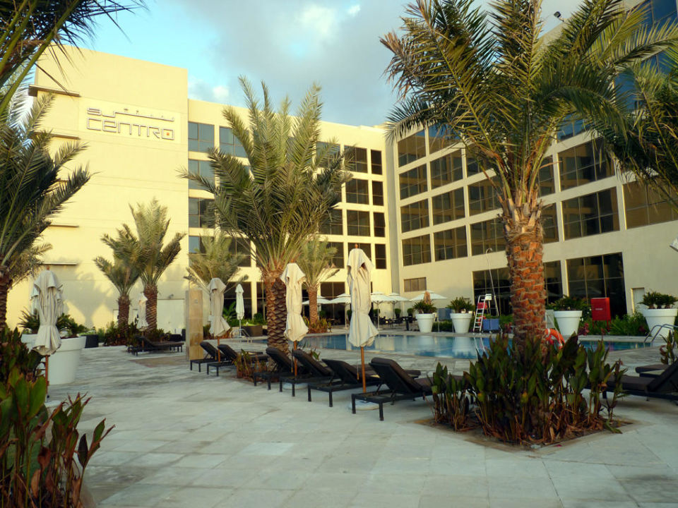 Pool Hotel Centro Sharjah by Rotana