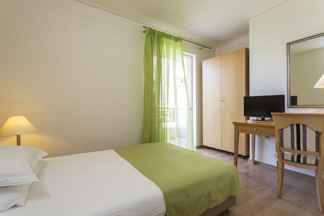 Zimmer Civitel Attik Rooms & Apartments