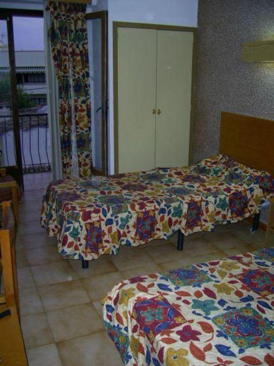 Ein Blick in unser Zimmer Hotel Raxa