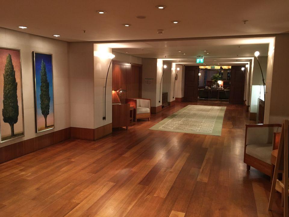 Lobby Park Hyatt Hamburg