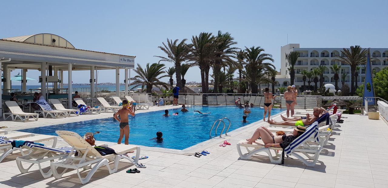 Pool PrimaSol El Mehdi