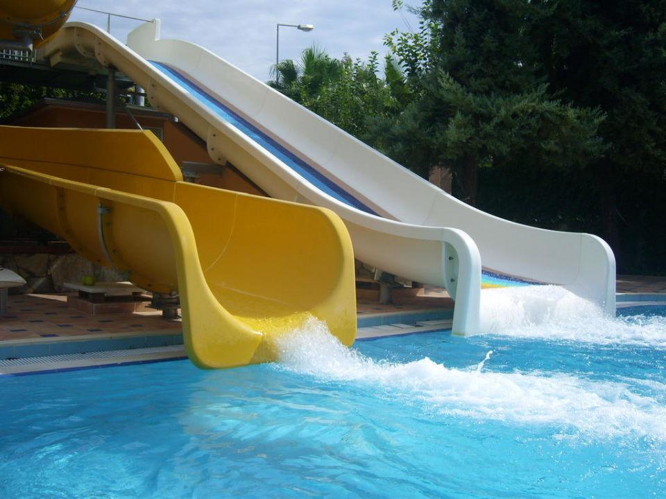 Rutschen beim kleinen Pool Hotel Club Dizalya