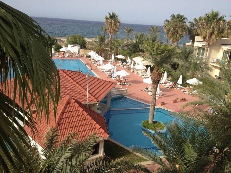 Kyrenia additionally Oscar Resort Hotel furthermore 224463a4 0a54 3a3a A3fb E864feb6bba9 further B8d9be61 E2d5 3570 8215 Dde9db7f46c6 further Kibris Otel. on oscar resort girne