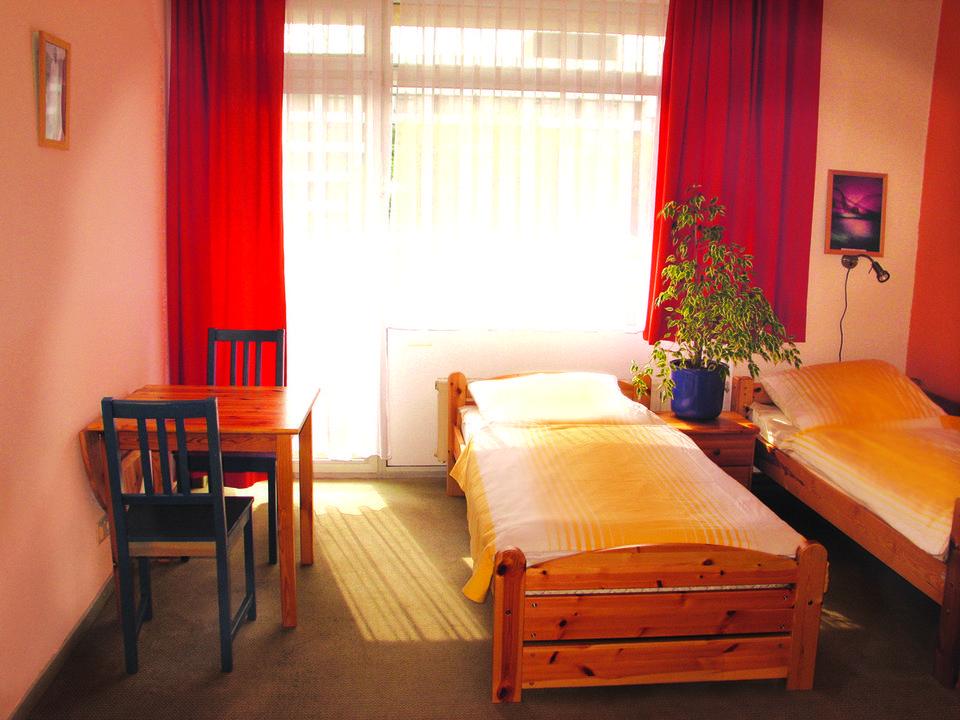Zimmeransicht Yoga Vidya Ashram Bad Meinberg Horn Bad Meinberg Holidaycheck Nordrhein Westfalen Deutschland