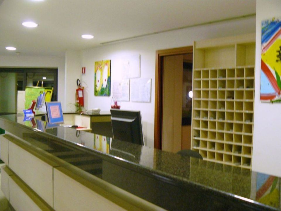 Recepcja Hotel Mirabeau Park