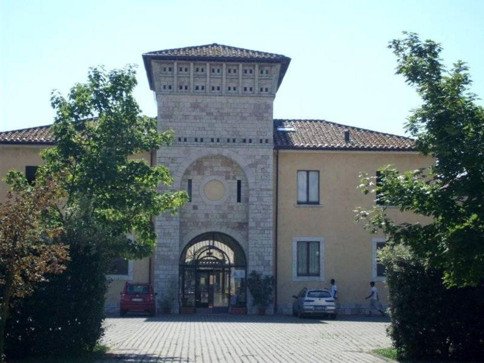 Front-Eingang Hostel Ostello Mario Spagnoli