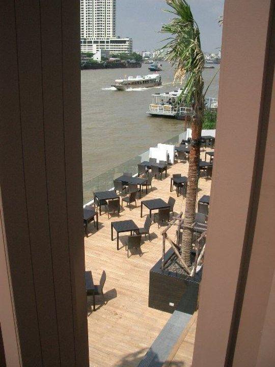 Hotelrestaurant am Fluß Royal Orchid Sheraton Hotel & Towers