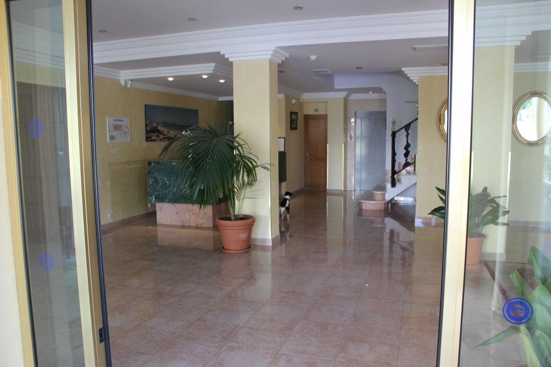 Lobby Hotel Biniamar