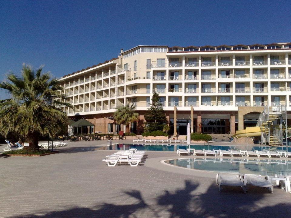 Blick vom Strand Richtung Hotel Washington Resort & SPA