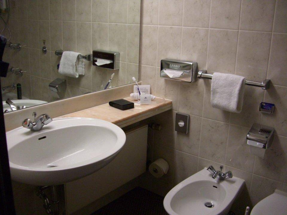 badezimmer maritim hotel k nigswinter k nigswinter holidaycheck nordrhein westfalen. Black Bedroom Furniture Sets. Home Design Ideas