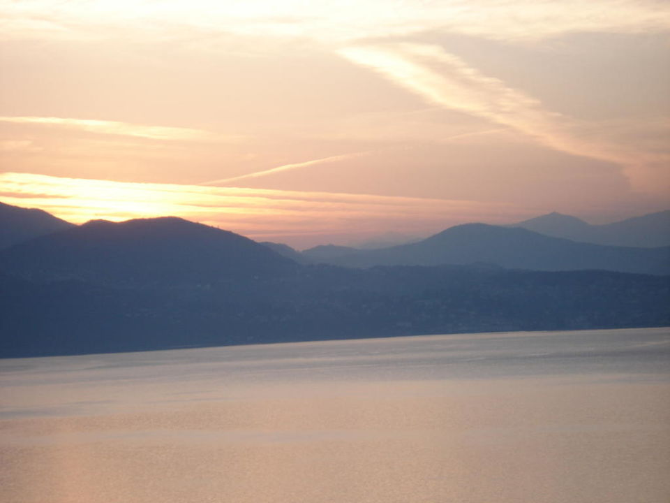 Sonnenaufgang am Lago Maggiore B&B Casale