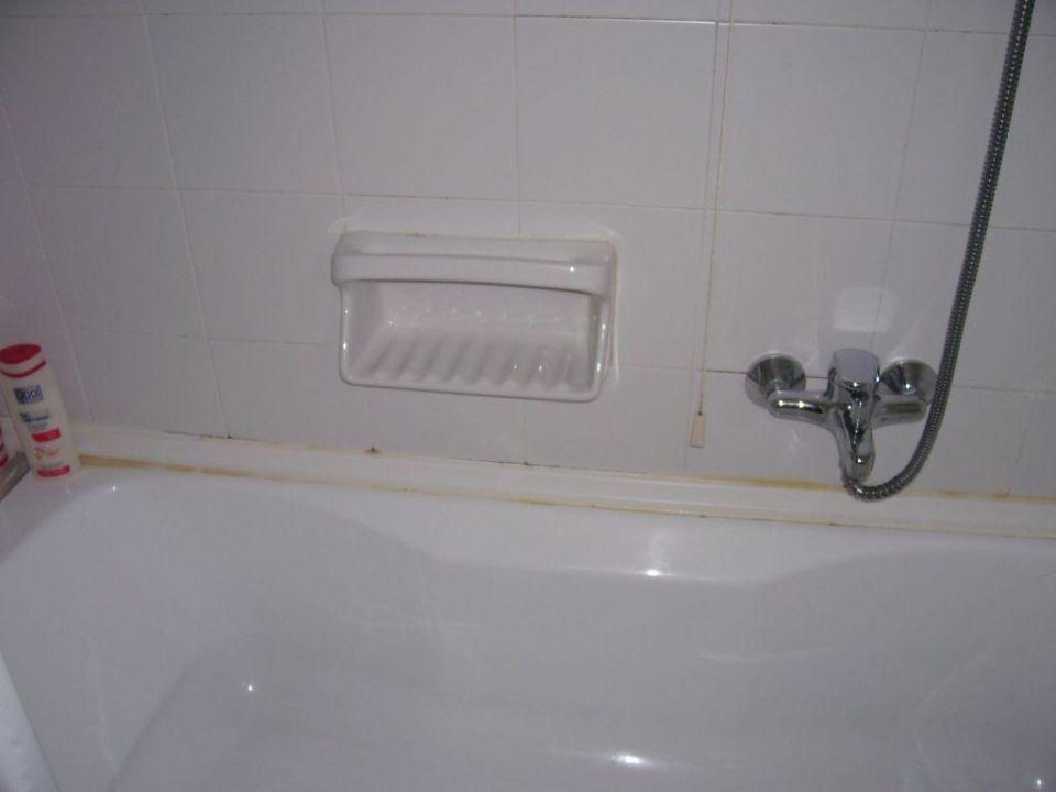 schimmel im bad zimmer 145 bild 02 hotel corfu resort in kassiopi holidaycheck korfu. Black Bedroom Furniture Sets. Home Design Ideas