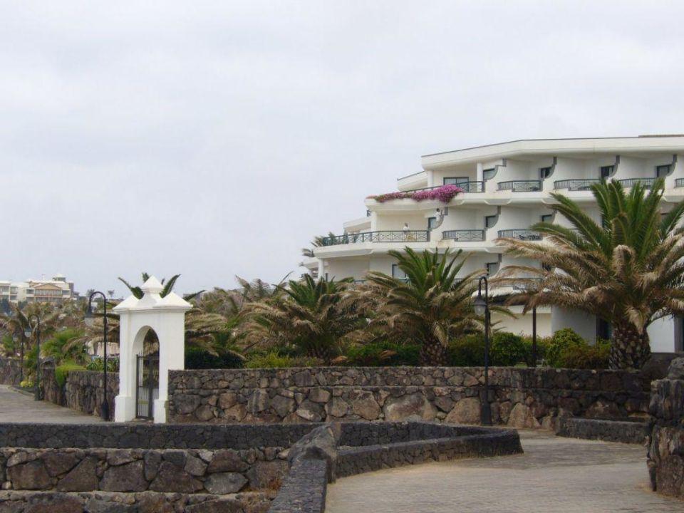 Uferpromende vor dem Hotel TUI SENSIMAR Natura Palace - Adults only