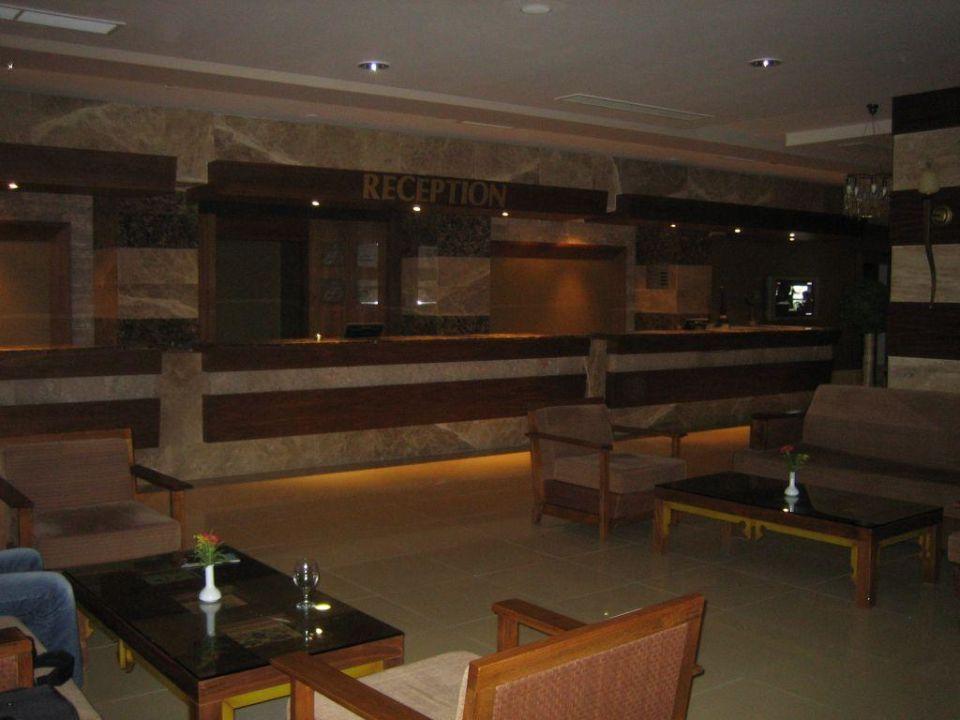 Rezeption Hotel Sherwood Breezes Resort