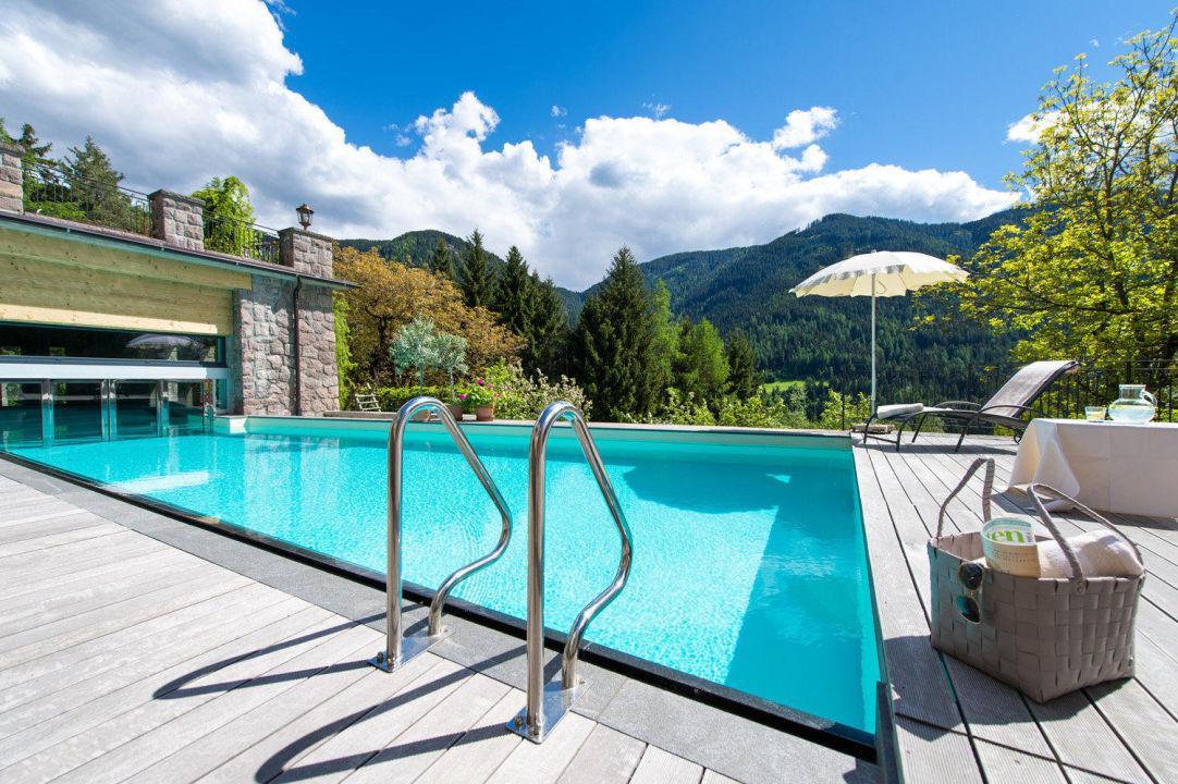 schwimmbad mit salzwasser hotel paradies in tiers