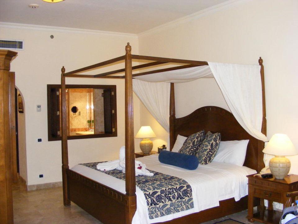 Blick auf's Bett Secrets Capri Riviera Cancun - Adults only