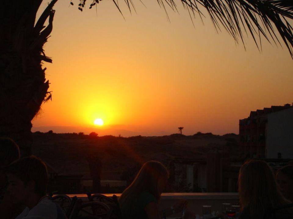 Sonnenuntergang Trendy Aspendos Beach Hotel