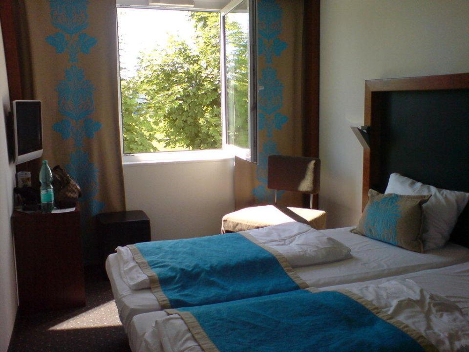 zimmer bett premiere classe hotel k ln west k ln holidaycheck nordrhein westfalen. Black Bedroom Furniture Sets. Home Design Ideas