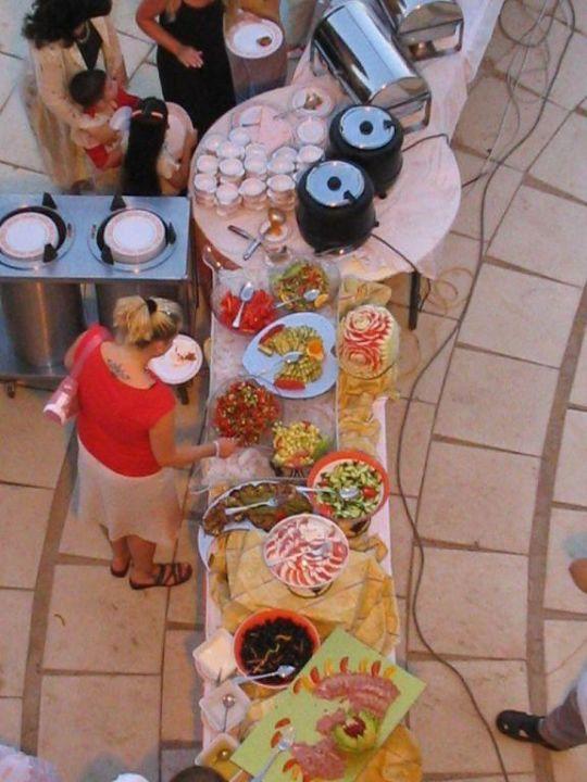 Buffet im Garten SUNRISE Crystal Bay Resort -Grand Select-