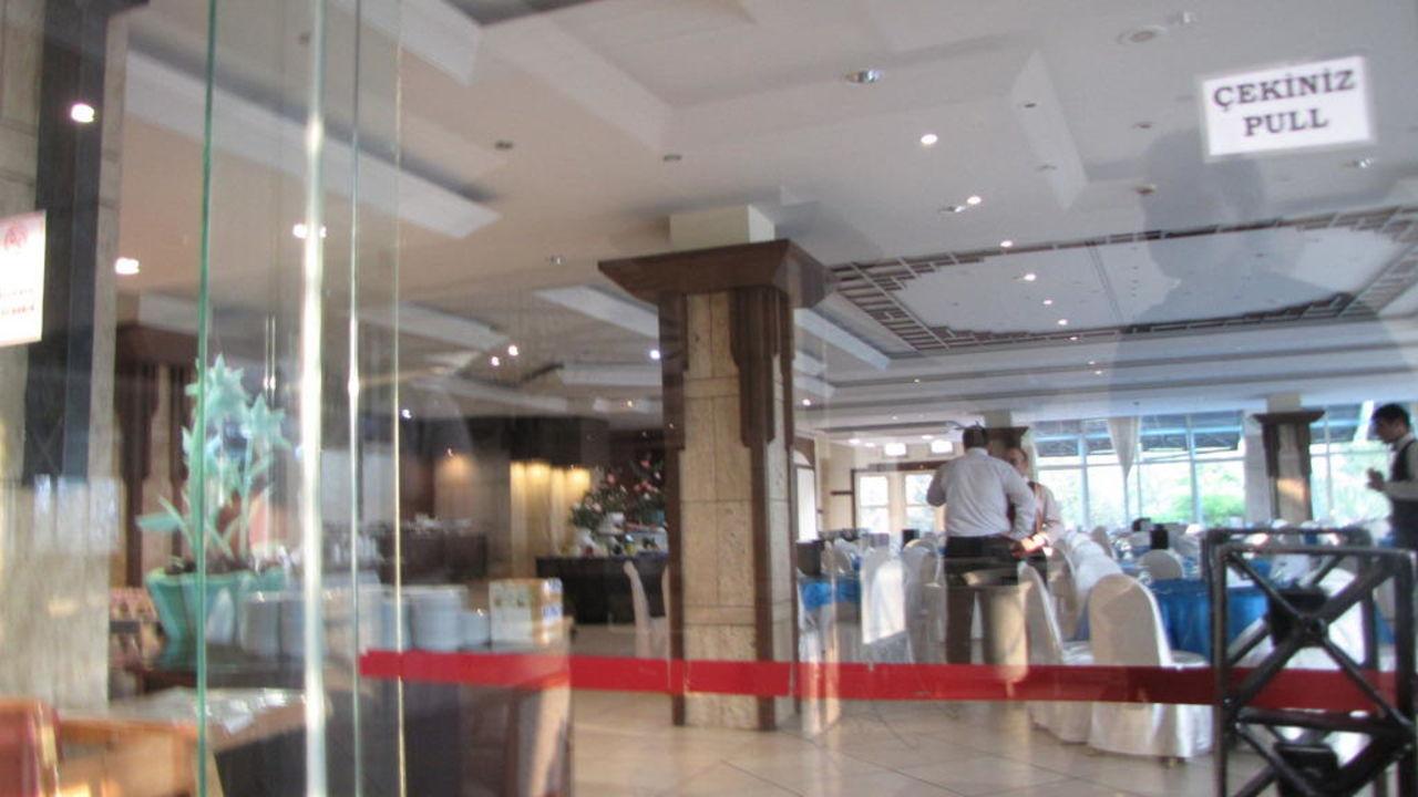 Restaurantbereich Polat Thermal Hotel