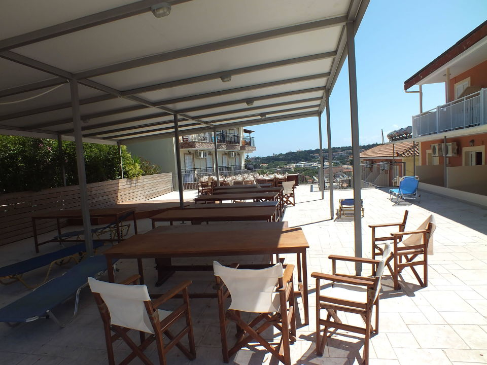 Taras Mavrikos Hotel Zante