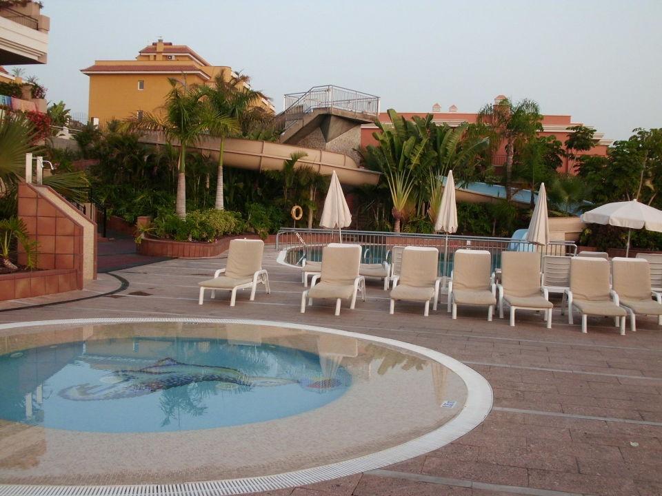 Pool mit rutsche be live family costa los gigantes puerto de santiago holidaycheck - Pool mit rutsche ...