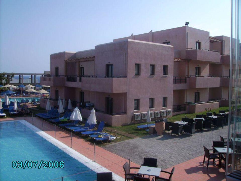 Pool 2 SENTIDO Vasia Resort & Spa