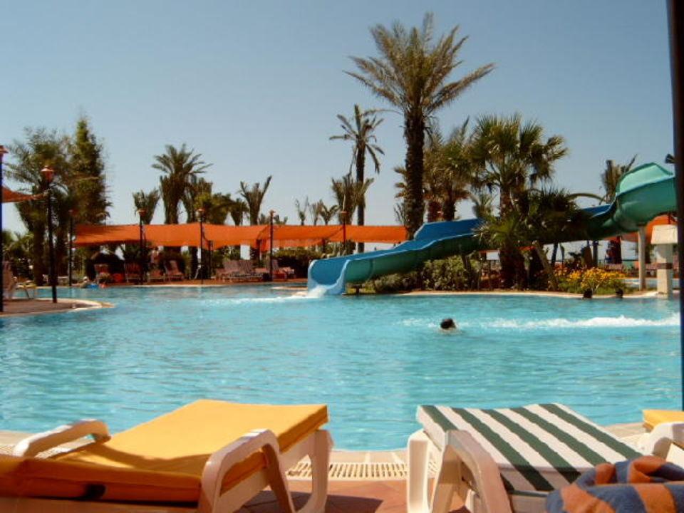 Blick zu den Rutschen Paloma Grida Resort & Spa Hotel