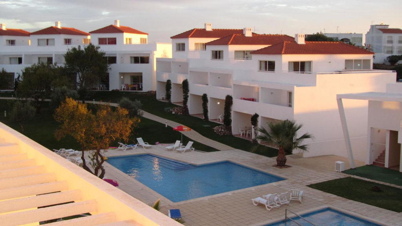 Pool  Hotel Pateo Village