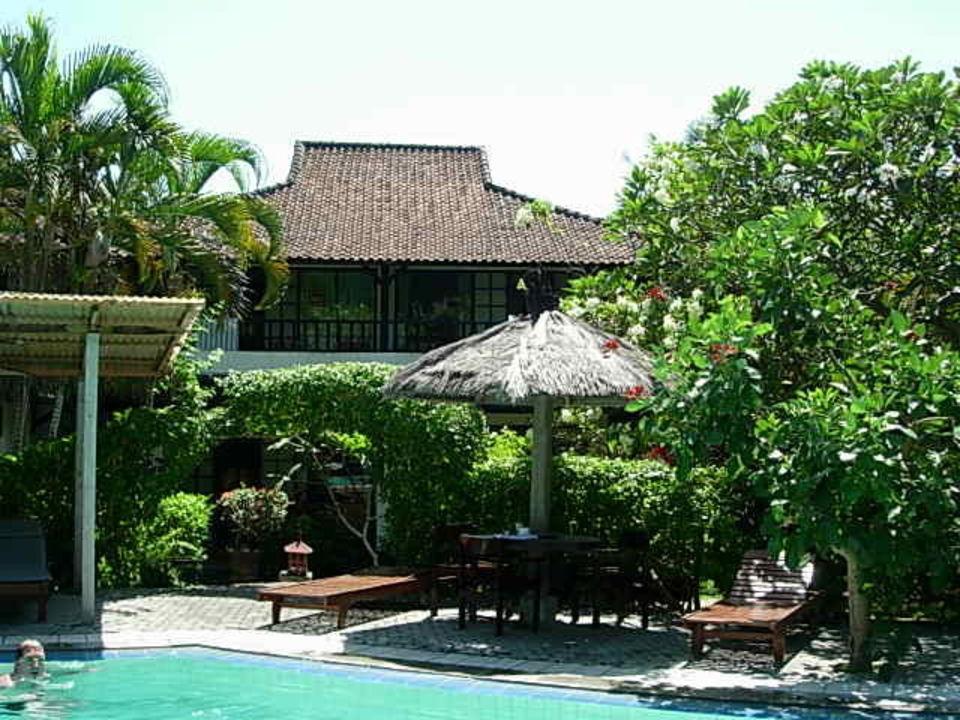 Eines der vielen kleinen Häuser Puri Kelapa Garden Cottages