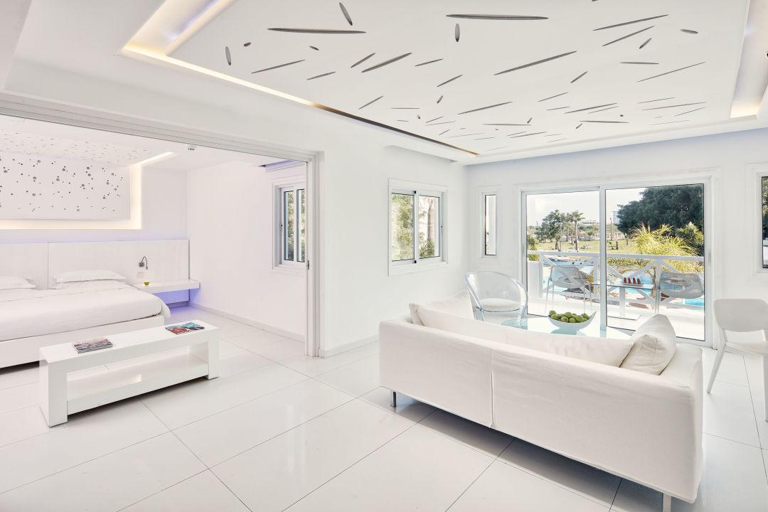 Zimmer Atlantica So White Club Resort