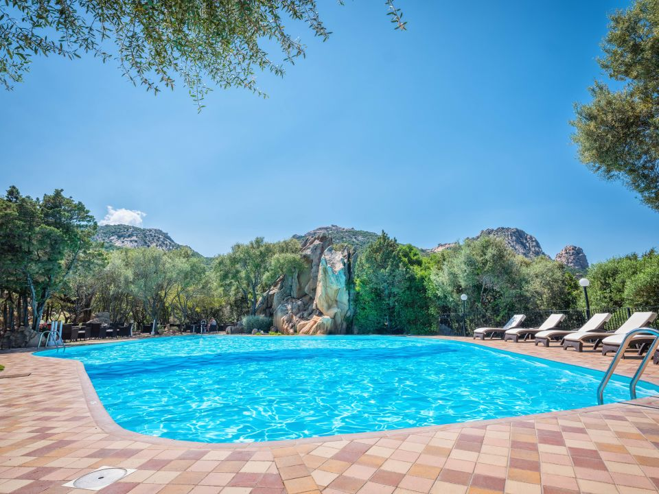 Pool Myo Hotel Rocce Sarde