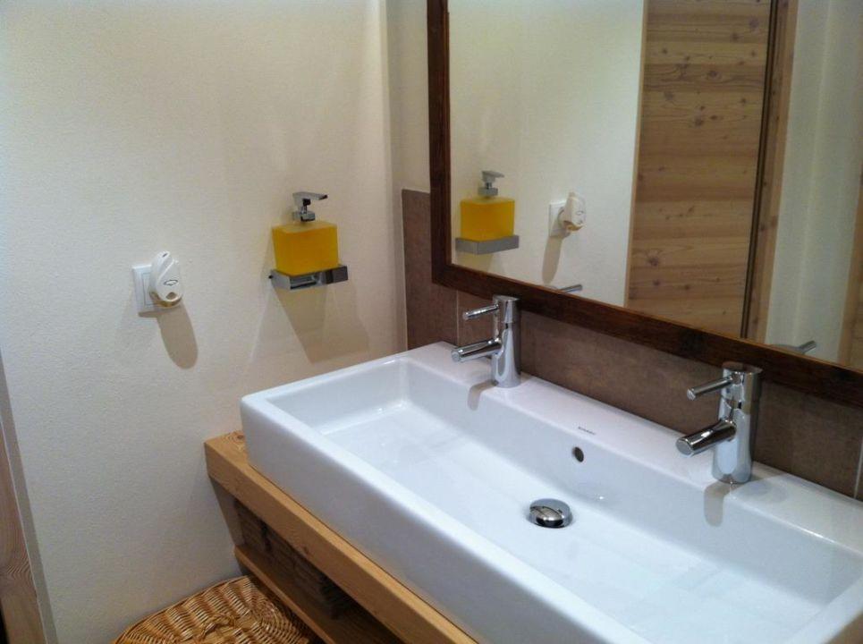 Doppelwaschbecken  Doppelwaschbecken | gispatcher.com