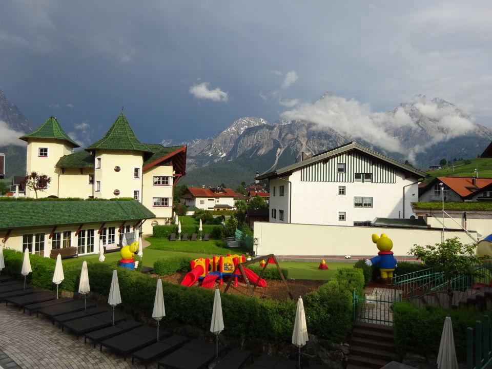 Hotel And Resort Alpenrose