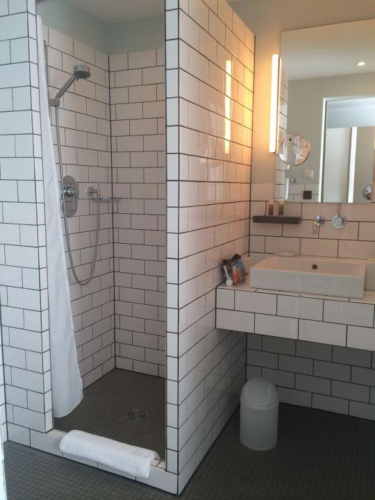 Bad dusche ku 39 damm 101 design hotel in berlin for Design hotel 101