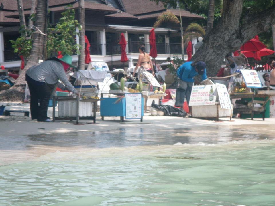 Versorgung am Strand Hotel Chaweng Blue Lagoon Resort