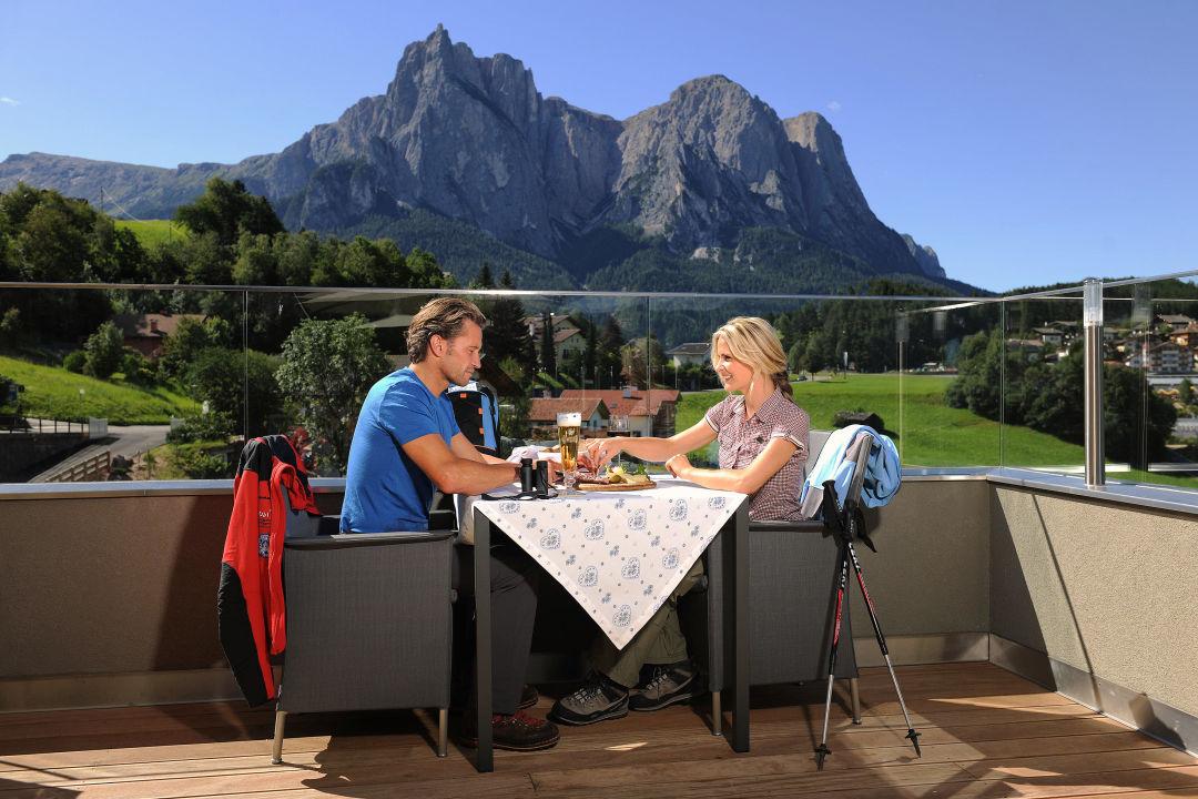 Sonnenterrasse Hotel Alpenflora