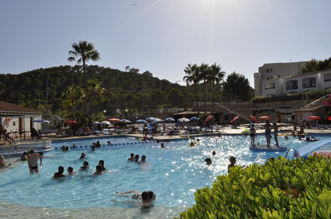 Bild piscine devant cette chambre zu fergus club europa for Piscine europa
