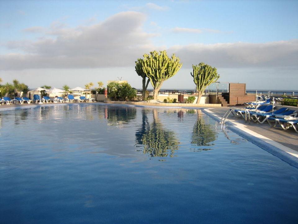 Der Pool Iberostar Playa Gaviotas