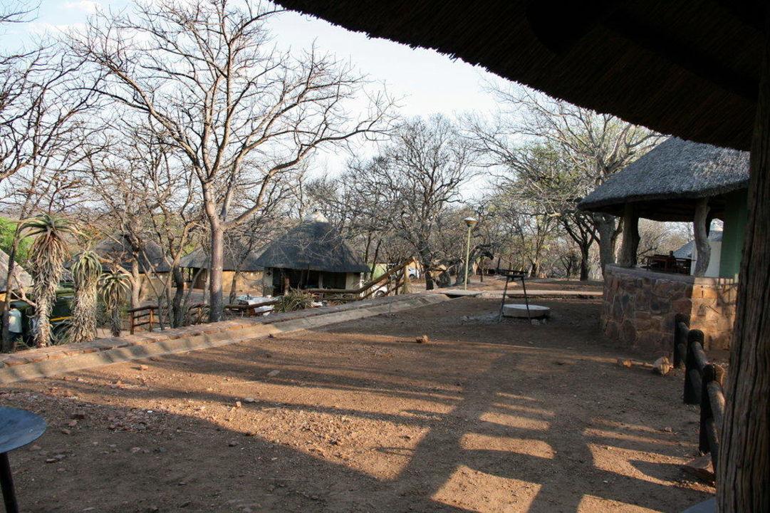 Häuser im Camp Hotel Restcamp Olifants