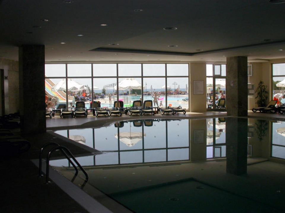 Hallenbad Arcanus Side Resort